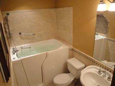 Independent Home Products, LLC installs hydrotherapy walk in tubs in Birmingham