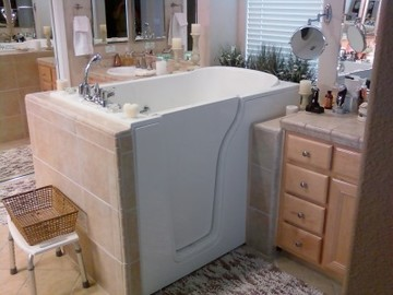 Walk in tub installed in MI